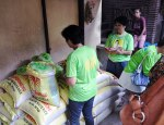 Several women's groups identified with Abante Barangay are now into selling rice.